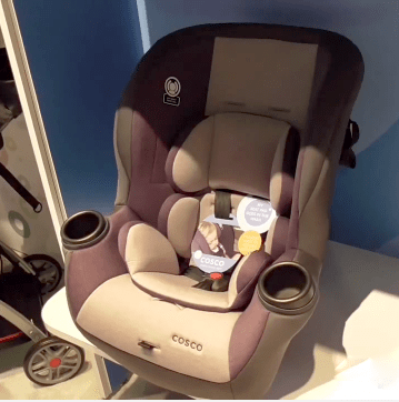 Suitable For Babies And Children From Five To 50 Pounds The Cosco Comfy Car Seat Is Lightweight Easy Travel With Its Certified Use On Aircraft